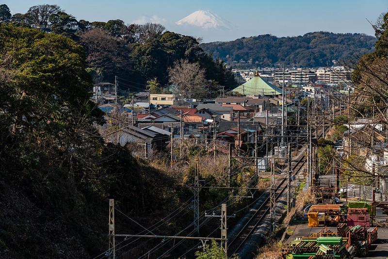 横須賀線と富士山