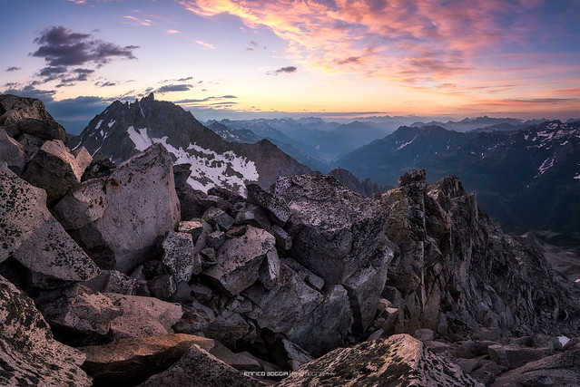 #029 Sunset from the Chüebodenhorn at 3070m | Explore