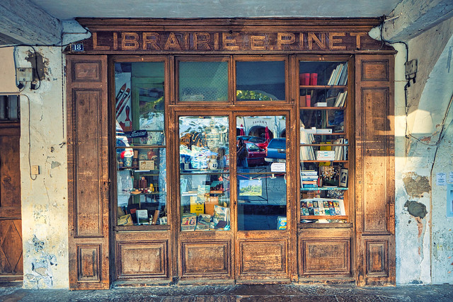 Old Provence shop