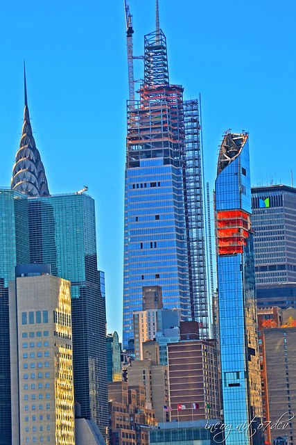 One Vanderbilt & Midtown Skyscrapers View from Gantry Plaza State Park in Long Island City Queens New York City NY P00645 DSC_2345