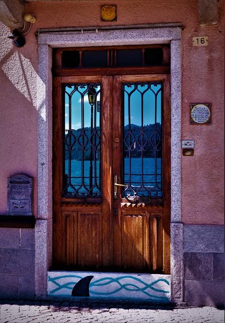 Le luminose porte di Pella /The bright doors of Pella