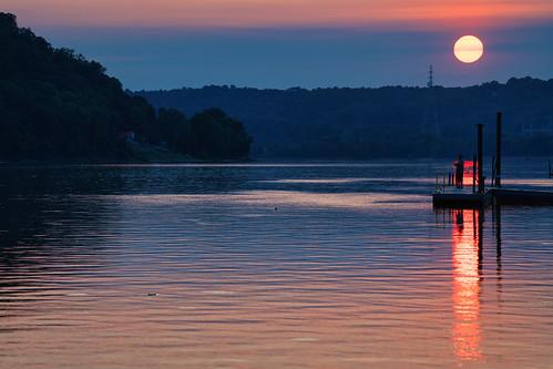 indiana indianashore kentuckyshore madison ohioriver dusk fishing rivercommunity sun sunset