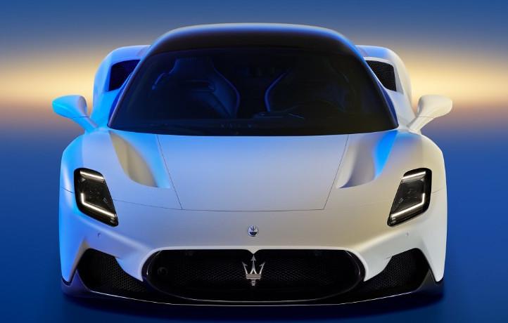 2021-Maserati-MC20-4