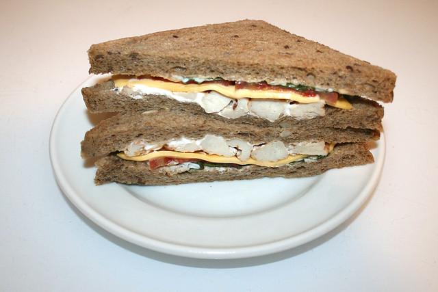 Chicken Cheese Sandwich / Hähnchen-Käse-Sandwich