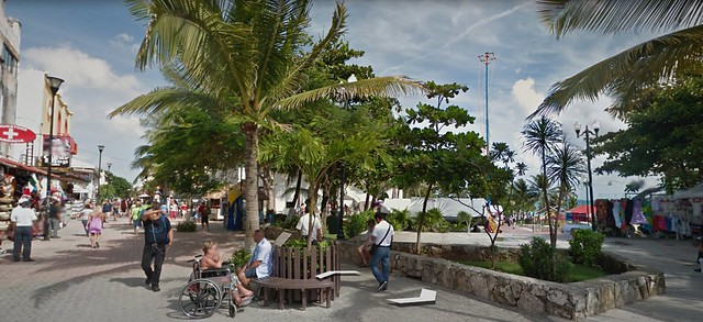 Google Street View, I Love You!