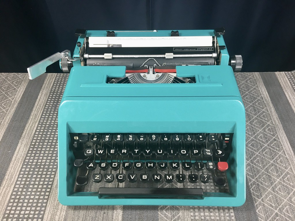 Olivetti Underwood Studio 45