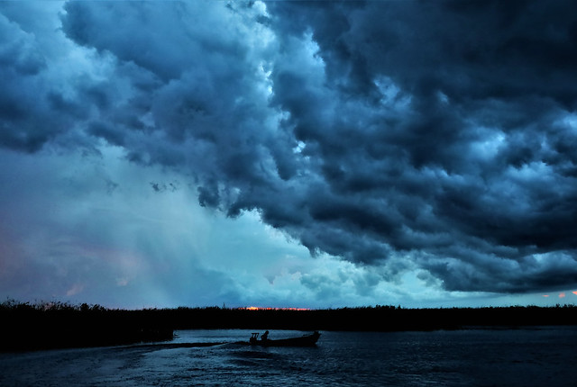 Storm-Fishing