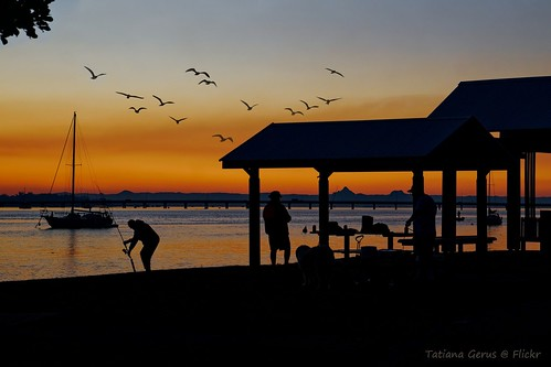 australia bribie sunset bribieisland queensland fishman boat people silhouette luminarbirds dxo covidescape holiday bongaree