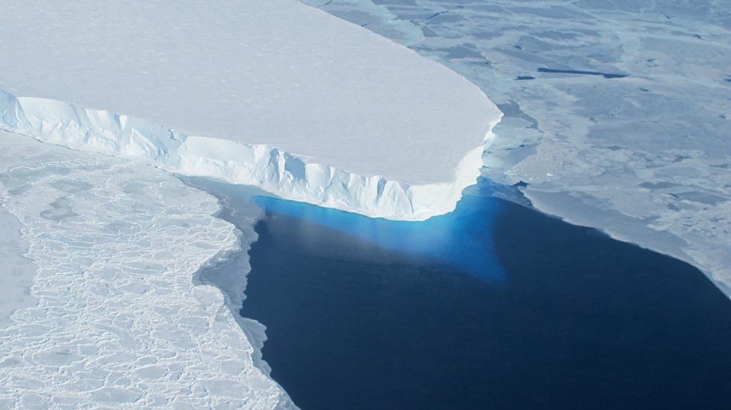 photo of Thwaites glacier