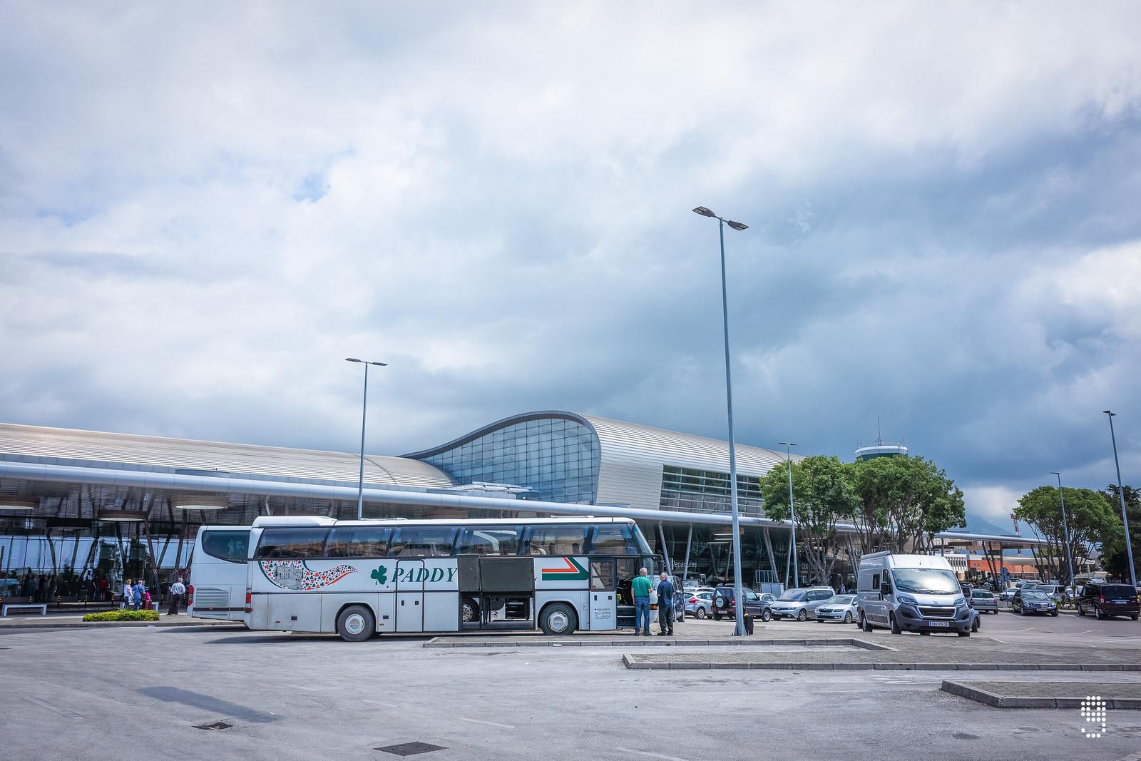 杜布羅夫尼克機場的外貌,距離市中心15.5公里