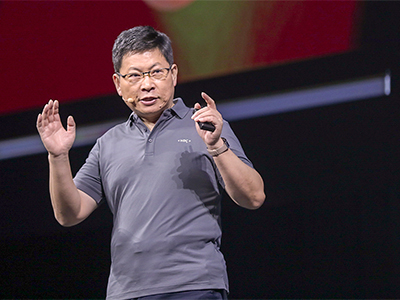 Richard Yu, CEO of Huawei Consumer Business Group addressing the attendees at the Huawei Developer Conference. Image credit Huawei.