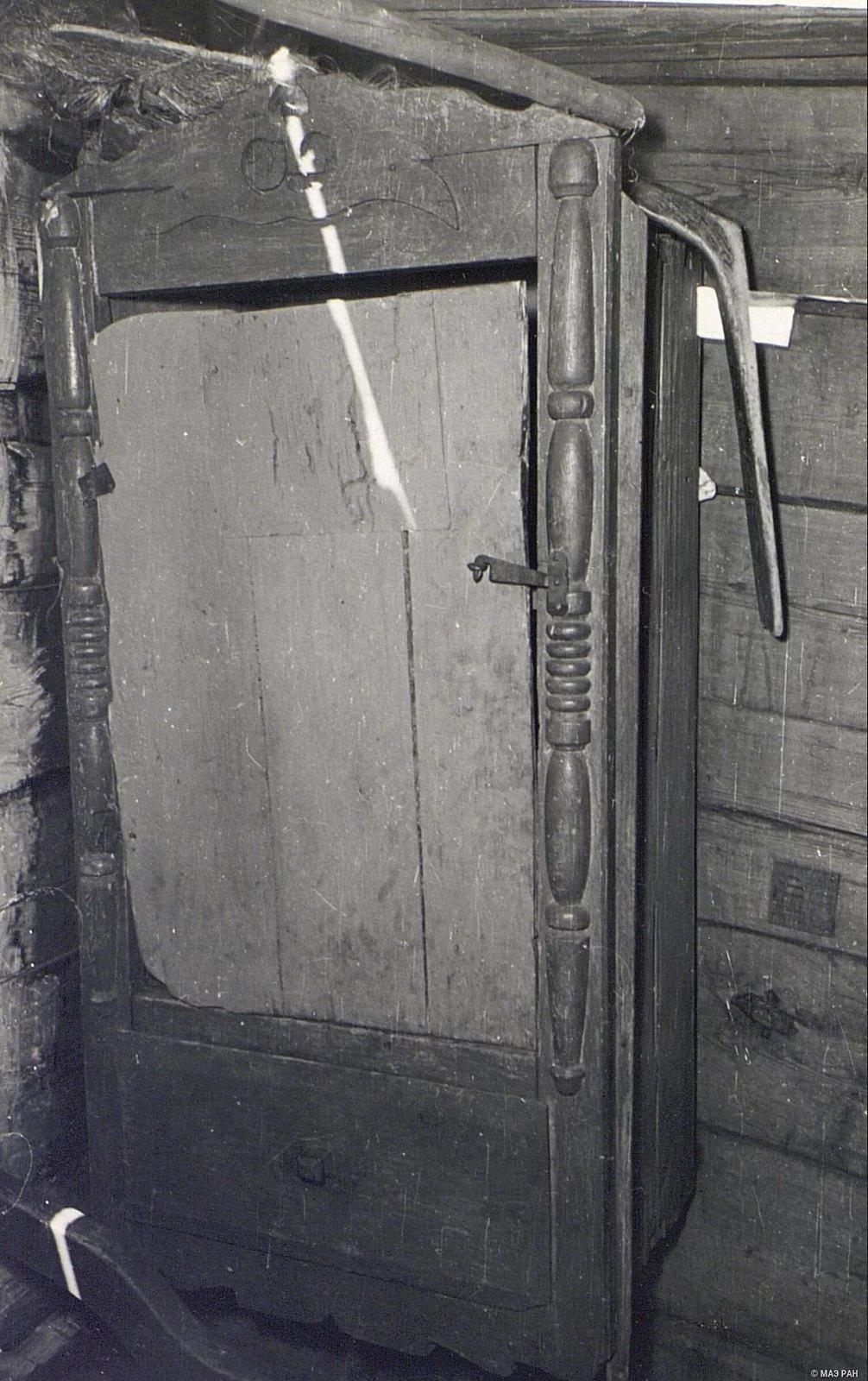 Дверь в доме Е.Н. Чунина