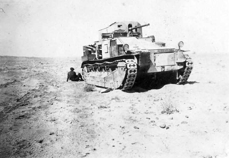 Medium-tank-MkII-asbestos-egypt-1930s-ljyp-3
