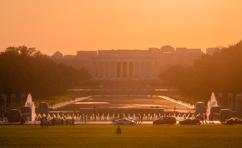 washington dc districtofcolumbia evening sunset dusk lincoln memorial abraham president monument building columns photography outside outdoors urban city architecture statue marble light sunlight sony alpha a7riii ilce7rm3 sel100400gm 100400mm telephoto zoom gmaster gm 14xtc teleconverter fullframe emount
