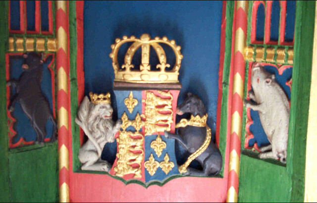 15th-century painted pulpit donated by Edward IV carrying the royal arms, flanked by a bull for George of Clarence and a silver boar for Richard of Gloucester.
