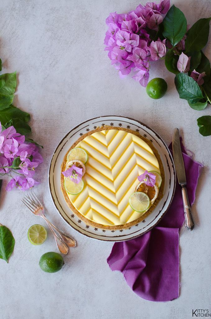 crostata con cremoso al lime e crema alla vaniglia