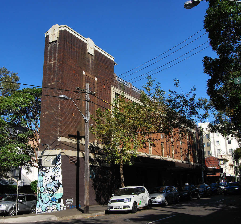 Royal Sovereigh Hotel, Darlinghurst, Sydney, NSW.