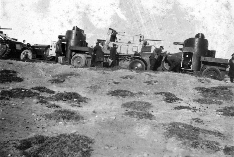 Medium-tank-MkII-asbestos-egypt-1930s-ljyp-4