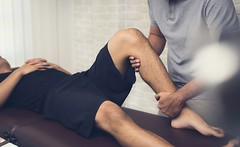 Who provides the best Sports physiotherapy to their patients in Gurgaon?