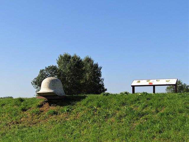 Memorial Park WWI Halen, Battle of the Silver Helmets