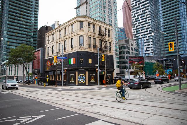 McVeigh's Irish Pub