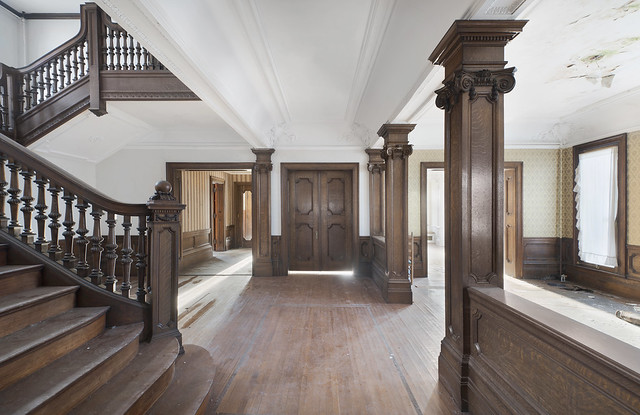 Castle Rock Mansion