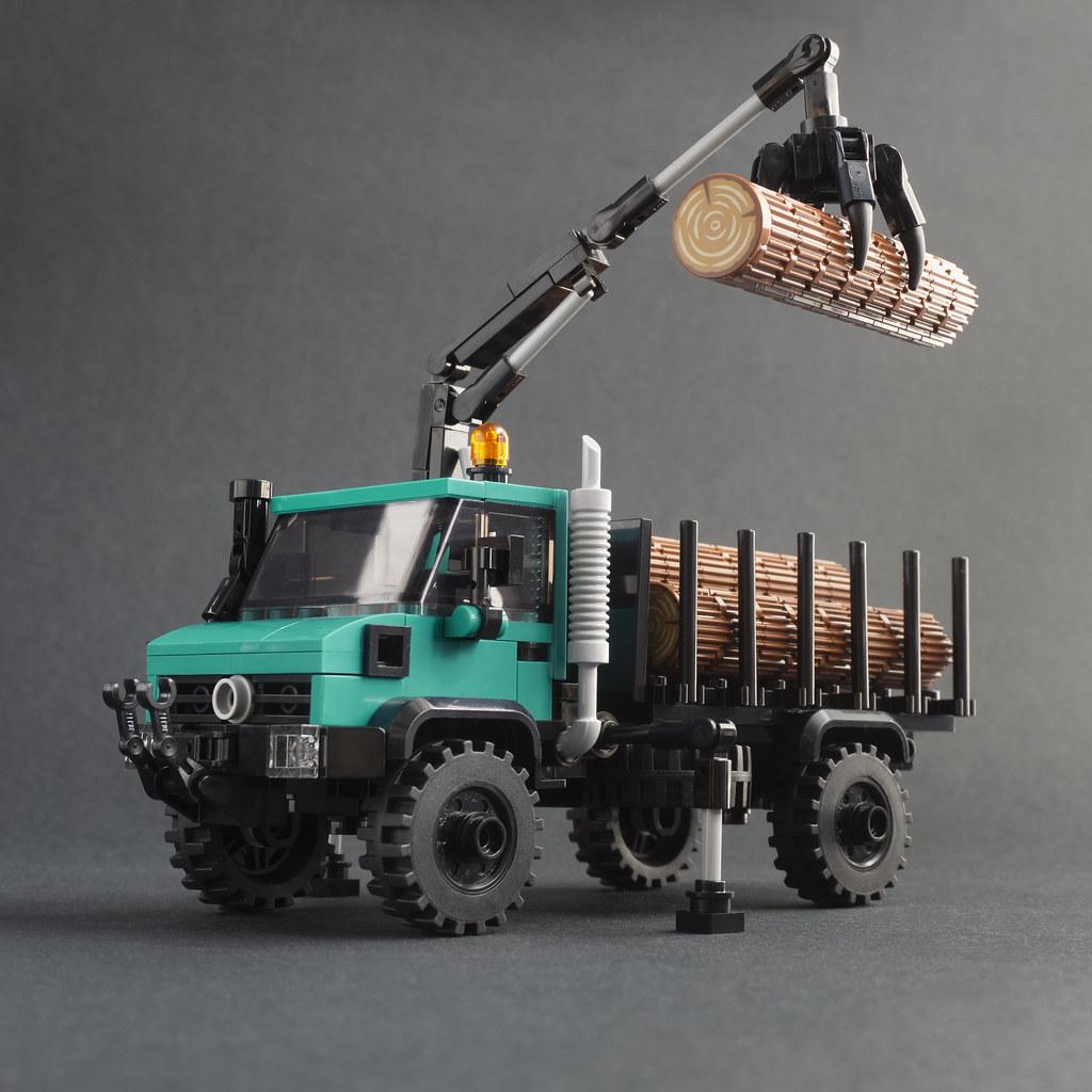Unimog U1700 With Hiab