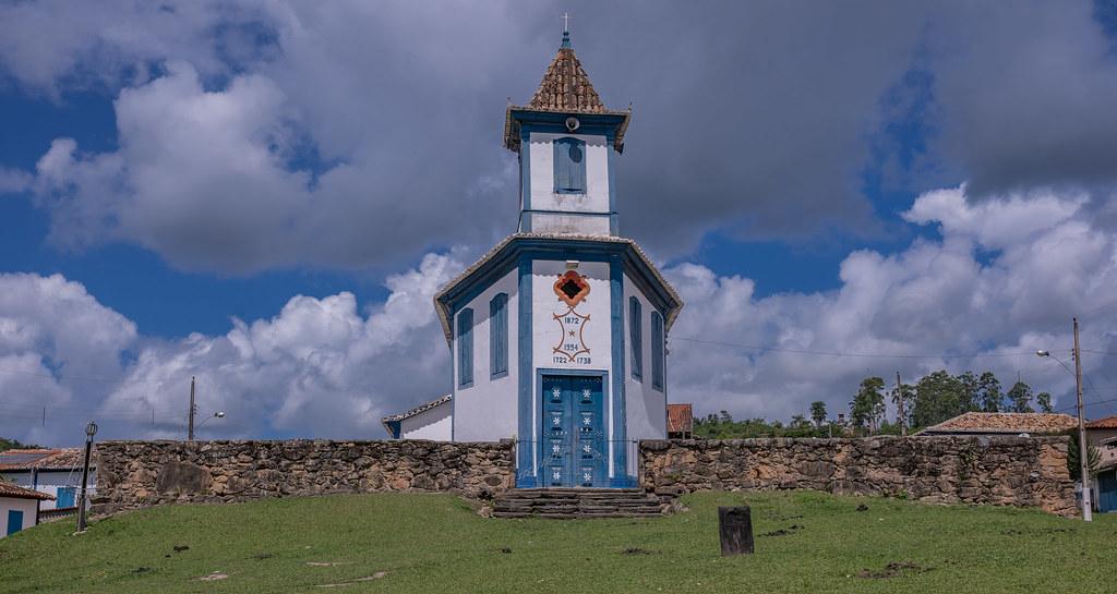 Igreja Matriz de Nossa Senhora Aparecida dos Córregos - Minas Gerais