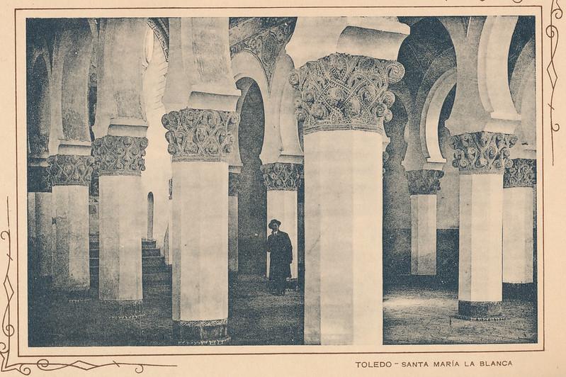Sinagoga de Santa María la Blanca. Incluida en un raro álbum con 24 fotografías de Toledo hacia 1907. Colección personal de Eduardo Sánchez Butragueño.