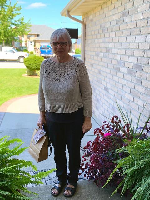Carol (knittoatea) finished knitting her Ranunculus by Midori Hirose. Yarn is Rowan Cotton Cashmere in 211 Linen.