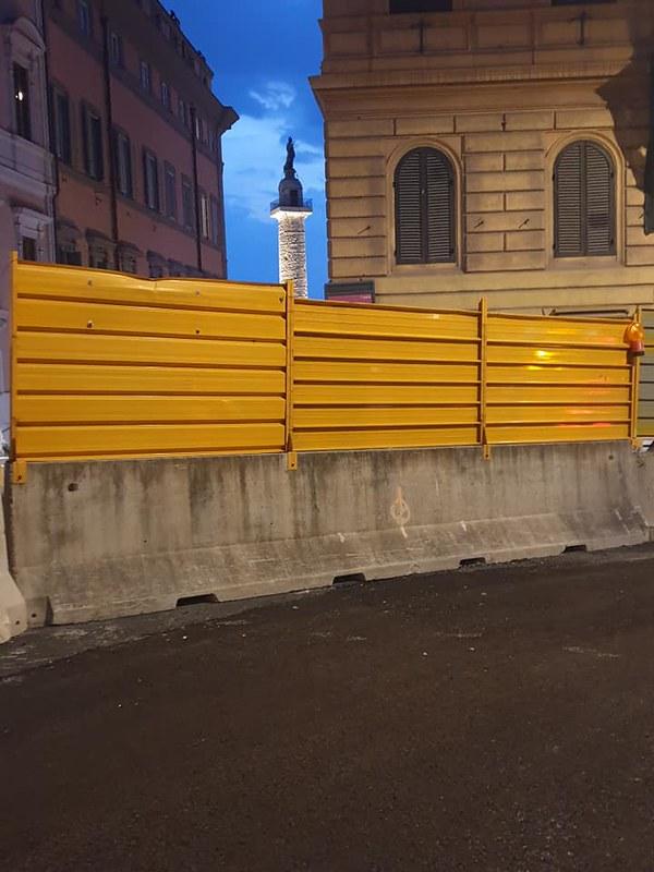 ROMA ARCHEOLOGIA e RESTAURO ARCHITETTURA 2020: Roma - Al via i lavori di riqualificazione su via IV Novembre e via Cesare Battisti. Abitare A Roma (07/04/2020). Foto: Virginia Raggi / Facebook (09/01/2020) & Nathalie Naim / Facebook (11/09/2020).