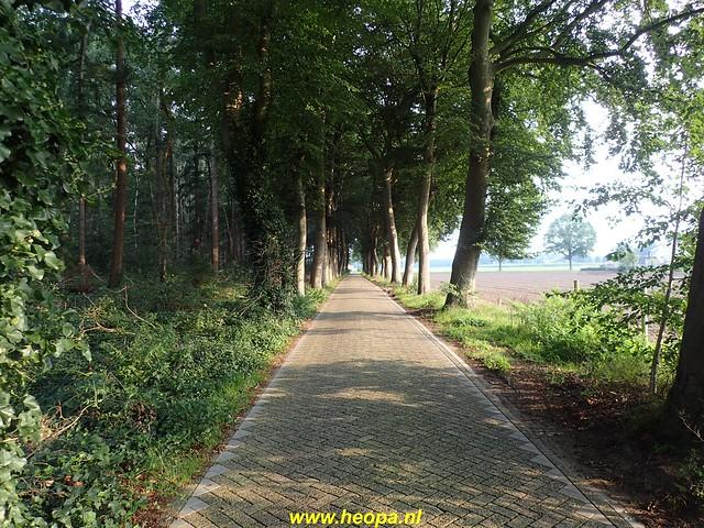2020-09-11         De  dag van Heino 24 Km  (9)