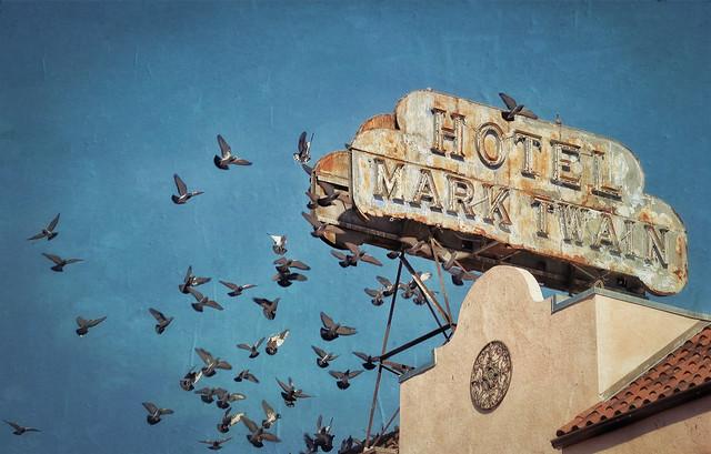 Mark Twain Hotel