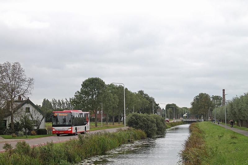 Pouw Vervoer 1652 - Kamerik, Van Teylingenweg