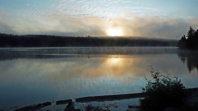 lac Meech, Gatineau Park, P.Quebec, Canada DSCN8541