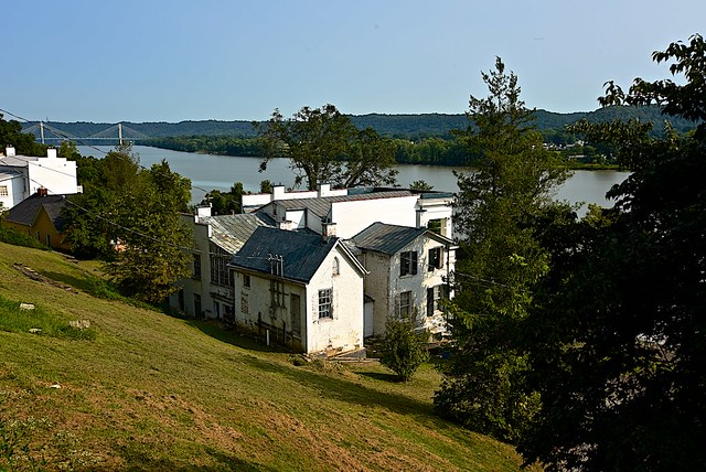 Mansion with a view of the Ohio River