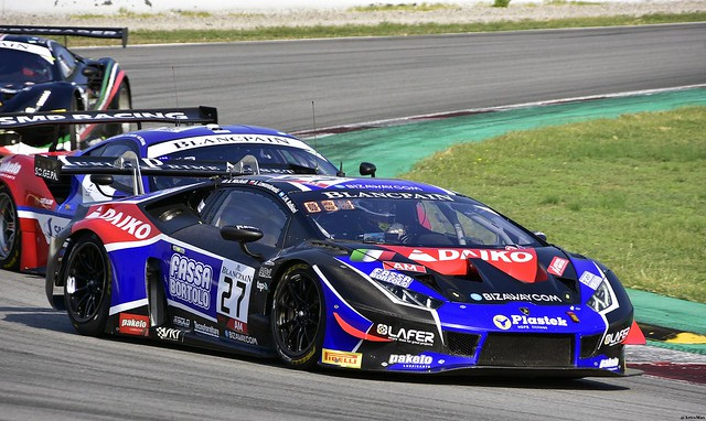 Lamborghini Huracan GT3 / Fabrizio Crestani / ITA / Nicolas Pohler / DEU / Kris Richard / CHE / Daiko Lazarus Racing