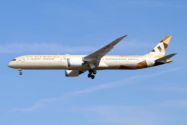 A6-BME  -  Boeing 787-10 Dreamliner  -  Etihad Airways  -  LHR/EGLL 13/9/20