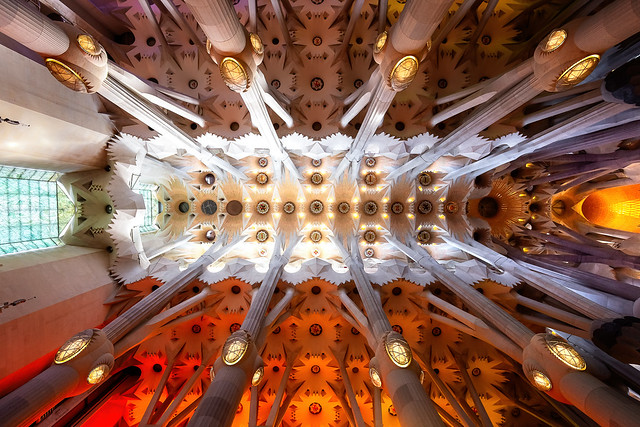 Sagrada Familia, lights and colors