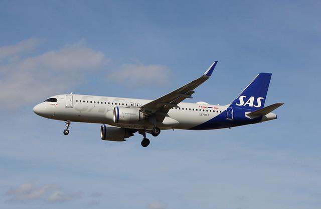 SE-ROY Airbus A320-251NSL SAS Scandinavian Airlines