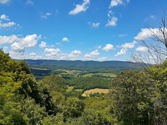Scenic Mountain View.