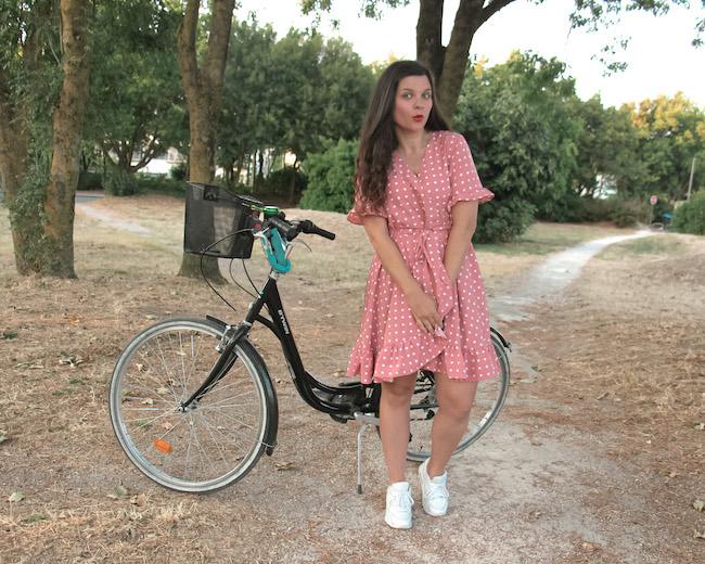 comment-faire-du-velo-en-jupe-ou-robe-courte-ou-longue-astuces-blog-mode-la-rochelle-2