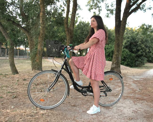 Comment faire du vélo en jupe ou robe courte ou longue ?