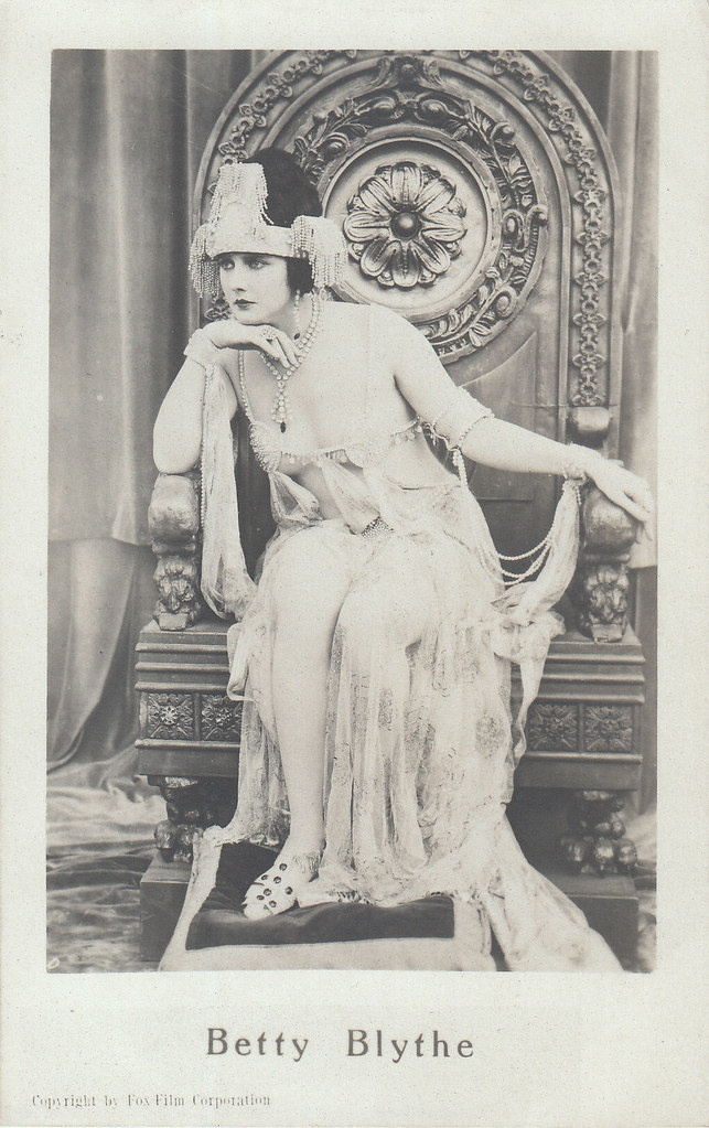 Betty Blythe in The Queen of Sheba (1922)