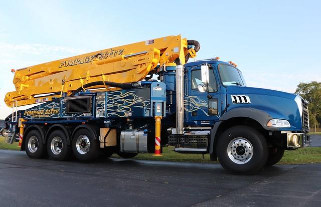 Pompage Elite Inc. Truck