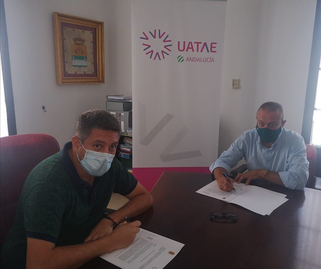 Convenio entre el Ayto de Rosal y UATAE Andalucía