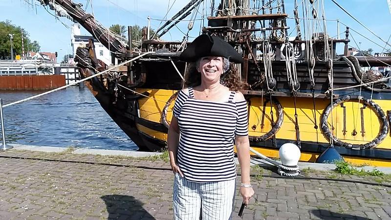 Marjolein met piratenhoed