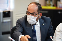 رئيس الحكومة المؤقتة عبد الرحمن مصطفى  - اجتماع الهيئة العامة ٥٢