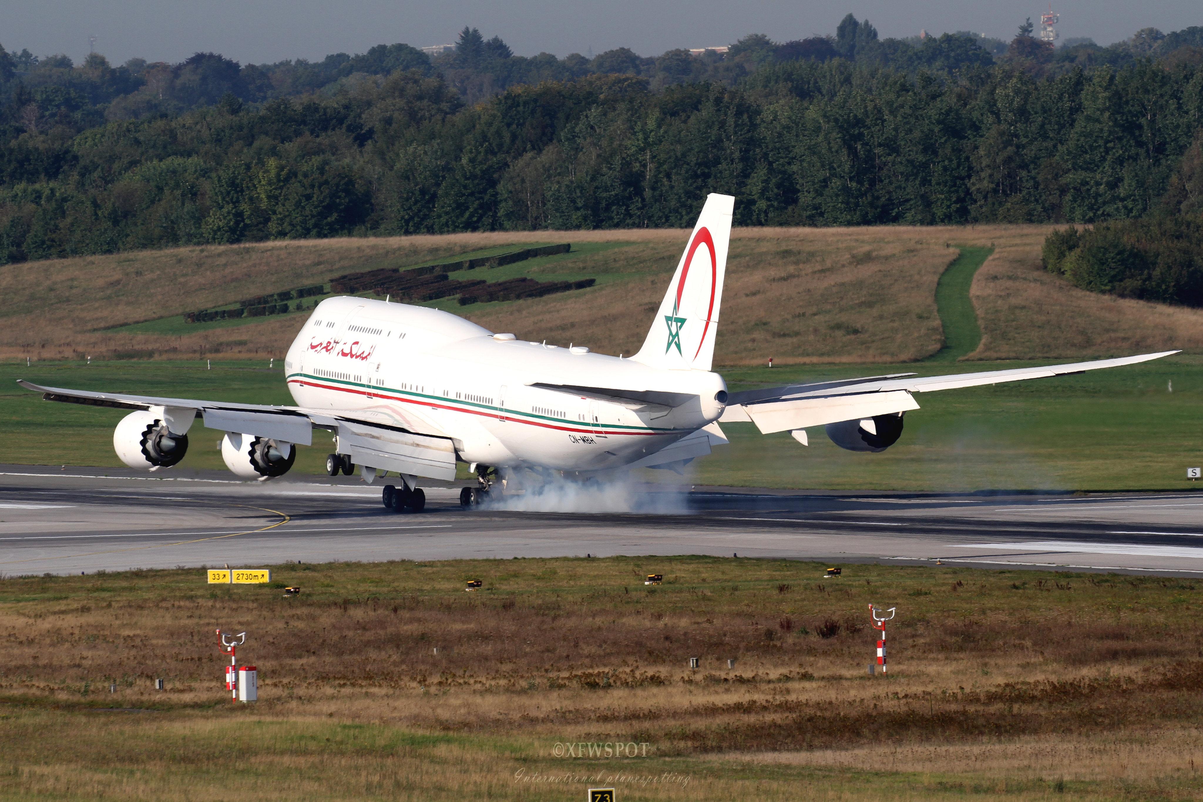 FRA: Avions VIP, Liaison & ECM - Page 25 50340781058_4c1fb1ad61_4k
