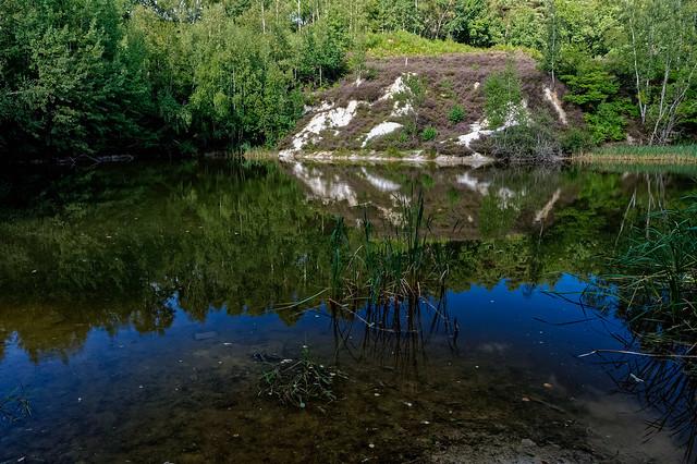Plan d'eau et reflets